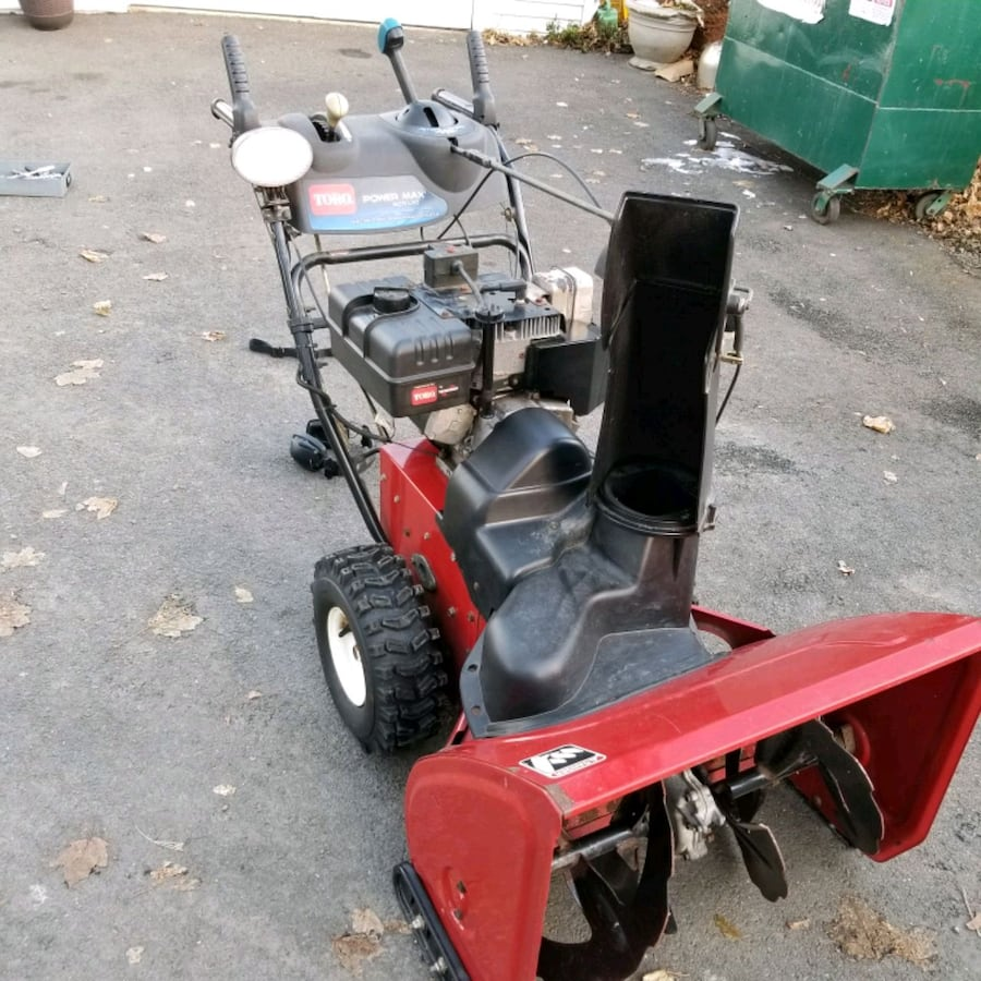 Toro Power Max 828 LXE ,with electric start, snow blower