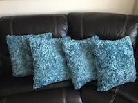 4 New Blue  throw pillows Montréal, H3H 2J4