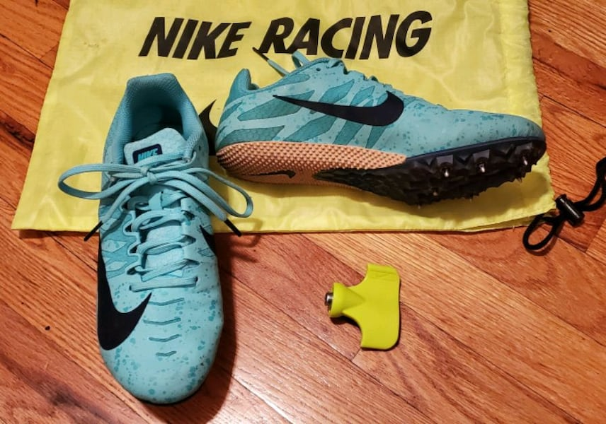Nike Track Spikes.   Women's size 7.5 68ccb73a-cbd8-4bc6-a043-43a203ad4c17