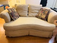 Couch/sofa+loveseat+throw pillows set(3 pc) San Jose, 95134