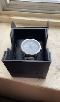 Diesel watch with case and instructions Toronto, M4A 1A6