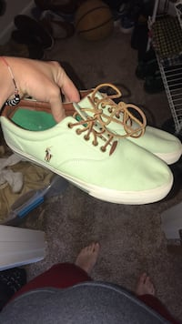 Polo Ralph Lauren Mint Chocolate Series sz  12 Burlington, 41005