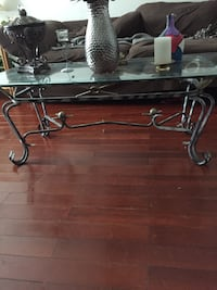 Glass coffee table Cleveland, 37312