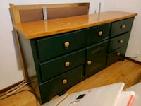 DARK GREEN, wooden dresser Fresno, 93726