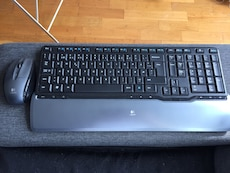 Keyboard wireless with mouse