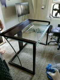 Modern wood, metal and glass desk Cleveland, 44111
