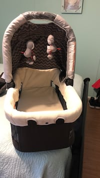 baby's white and black car seat carrier Efland, 27243