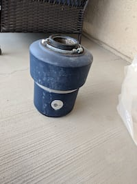 Garbage disposal in good condition  Victorville, 92395