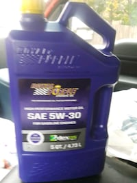 5qt jug of 5w30 Royal Purple synthetic oil 1206 mi