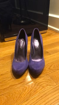 New Purple Suede Pumps 5.5 9 mi