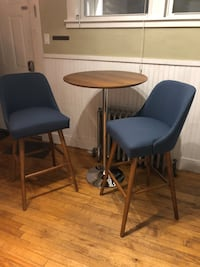 Mid century modern pub table with matching chairs Portland, 04102