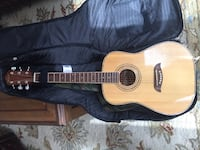3/4 size acoustic guitar with case and strap Ottawa, K1B 3G8