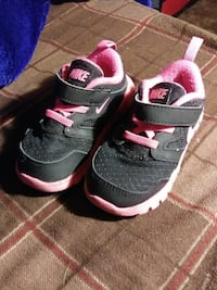 Toddlers Nikes Barstow, 92311
