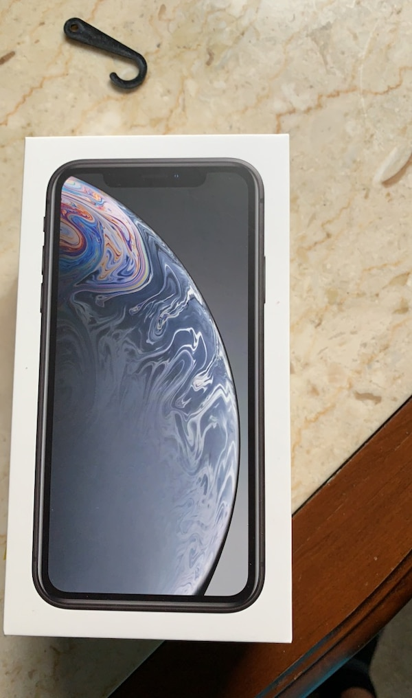 iPhone XR bought 2 days ago perfect condition
