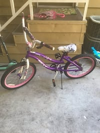 girls pink and white bicycle Thousand Oaks, 91320