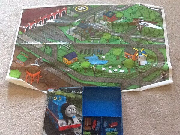 Thomas and Friends storybook, train and playmat