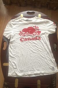Roots Shirt Red and White Brampton, L6V 2Y1