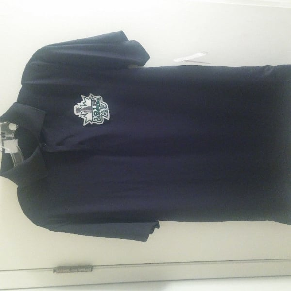 NEW WITH TAGS saskatchewan roughriders SMALL golf