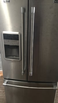 gray french door refrigerator St Catharines, L2P