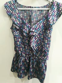 Vibrant Colourful V neck Collar Top w synched waist $18  Toronto, M6B 3J3