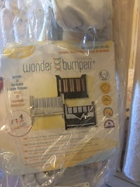 Crib Wonder bumpers: 38 Reversible (Blue and Cream)