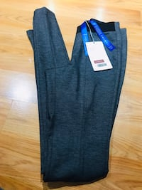 "Kit Ace Woman's size 0 ""Pencil me in Leggings"" NEW Vancouver, V5M"