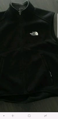small north face vest black nice. xtra small Richmond, V6Y 2G2