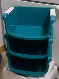 STACKING BINS Laval
