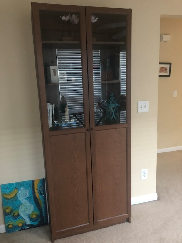 competitive price 33a3e f8def IKEA Billy Bookcase with Oxford Glass Panel Doors