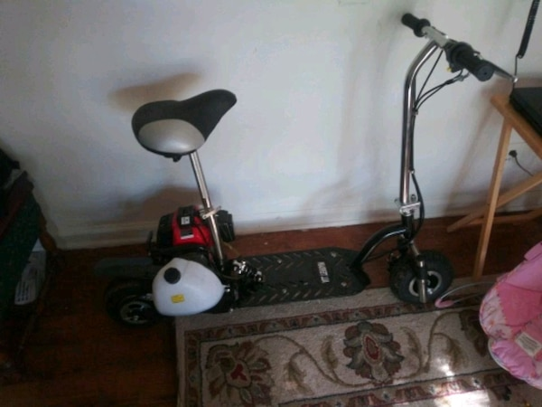 2 stroke 49cc scooter brand new