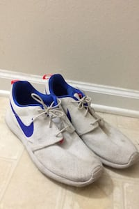 Nike running shoes  Jacksonville, 32221