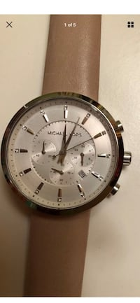 Round silver-colored chronograph watch with link bracelet Pompano Beach, 33062