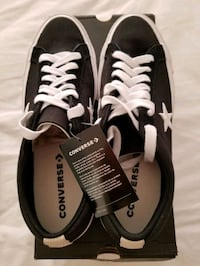Converse one star unisex Sneakers 11 M for men or 13 M for women  Montréal, H4N 0B5