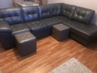 Homemakers Sectional Couch- Like New- Grey- LAF - $600 Ankeny, 50021