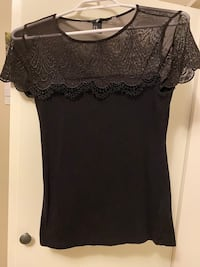 Black top from H&M Calgary, T2P 3H7