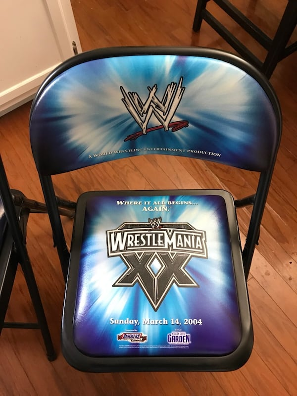 Wwe wrestle mania ringside chairs b462b3e2-8d62-4ec2-a11d-4030c8a69cda