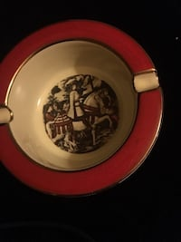 Handmade & hand painted gold trim Florentine ashtray. Looks like a painted war scene. Pretty cool tho  Bear, 19701