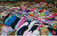 Clothes newborns to 6 year old boy toys Hickory Hills, 60457