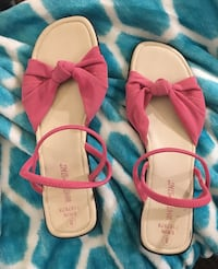 pink-and-white leather sandals Barrie, L4N 5G8
