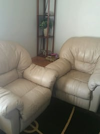 white leather recliner sofa chair Sylvan Lake, T4S