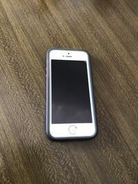 iPhone 5s Unlocked good working condition with case $120 Edmonton, T6W 2L6
