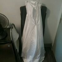 White Wedding Dress (needs to be finshed) Vancouver, V6A 0B2
