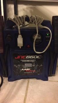 Blue and black jumpstarter Roosevelt, 11575