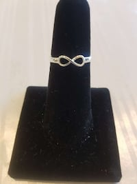 Brand New Sterling silver 925 Infinity Ring Jacksonville Beach