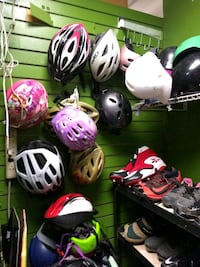 Bicycle helmets all different sizes Santa Maria, 93455