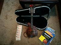 Eastman Md315 mandolin and extras LaGrange, 30240