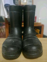 black leather knee boots  Cerritos