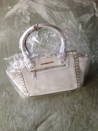 women's white leather tote bag St Catharines, L2R 5C1