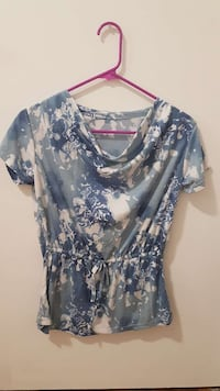 women's blue,gray, and white blouse Moose Jaw, S6H 1S7