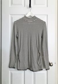 H&M maternity top size medium Mississauga, L5M 0H2